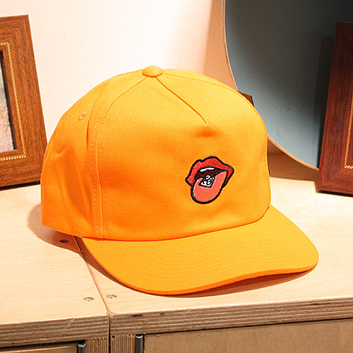 스투시 스트랩백 [10%할인+10%쿠폰] SS DROP STRAPBACK CAP (LIGHT ORANGE) - ST131604ORG