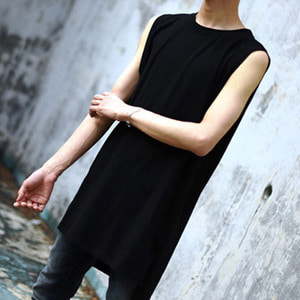 [IYD] LEYERED SLEEVELESS - black